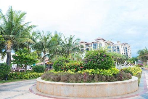 文昌蓝湖海韵两房至三房价格为11111元/平 法式滨海田园生活