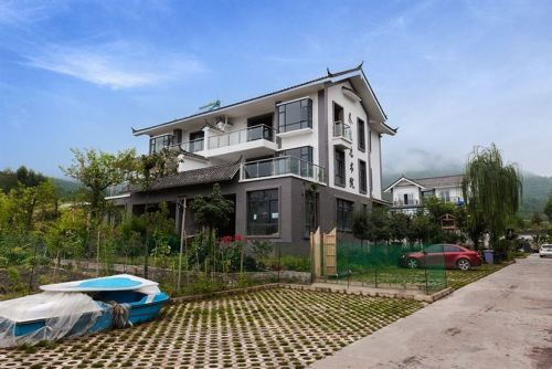 丽江山海居电梯洋房单价6000元/平米 一梯两户设计
