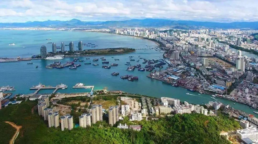 加快推进海南自由贸易港建设